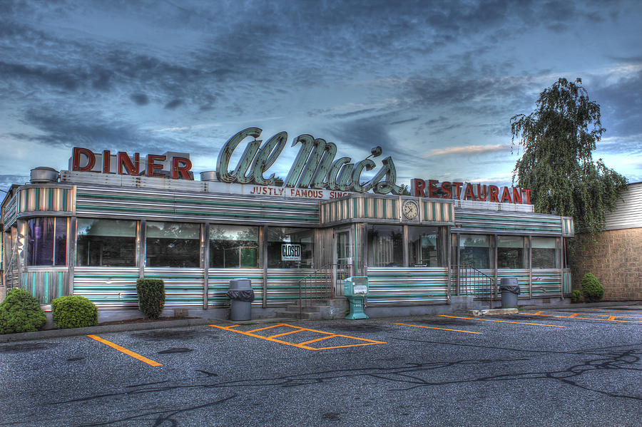 Fall River Photograph - Al Macs Diner by Andrew Pacheco