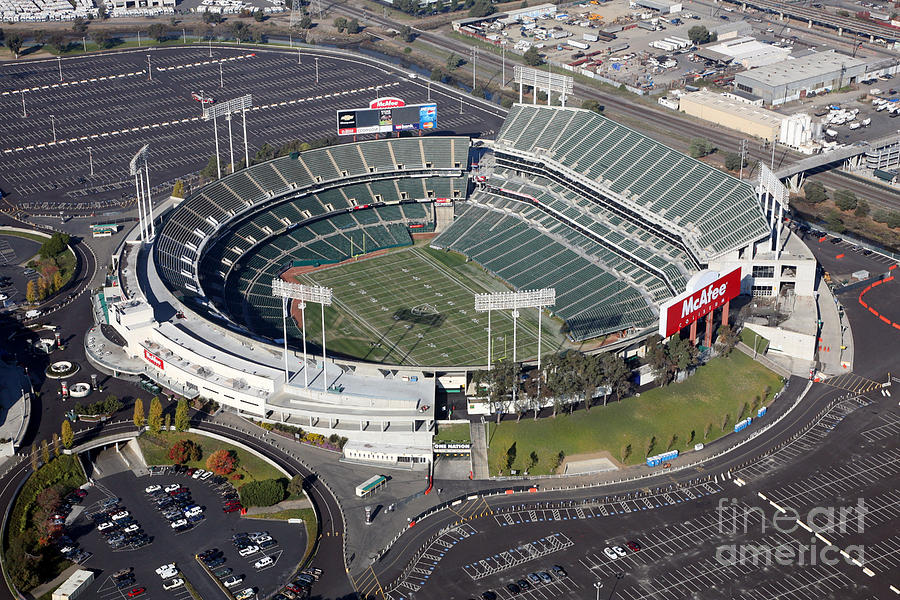 Elfrid Payton Knows Importance Preparing Hurricane 20161006 also Alameda County Coliseum Oakland Bill Cobb additionally Dont Miss Mavericks Beacon 916 furthermore Hey Pinball Wizards The Who Are  ing To The 3arena In Dublin City On 23rd June 2015 as well 2018 Volvo Xc60. on radio city seating