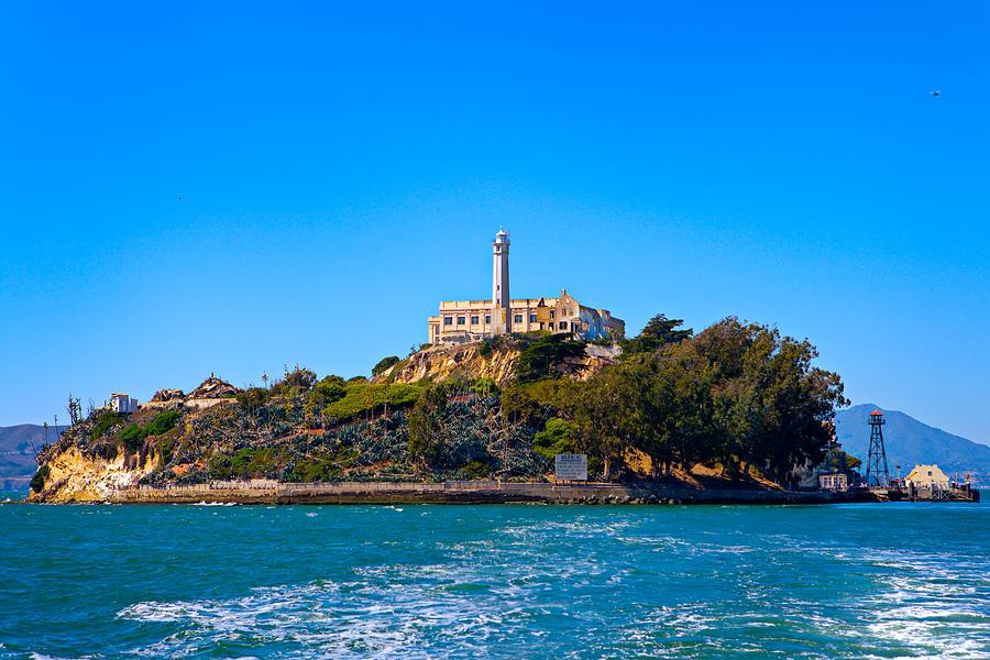 Alcatraz Photograph - Alcatraz Island by James O Thompson