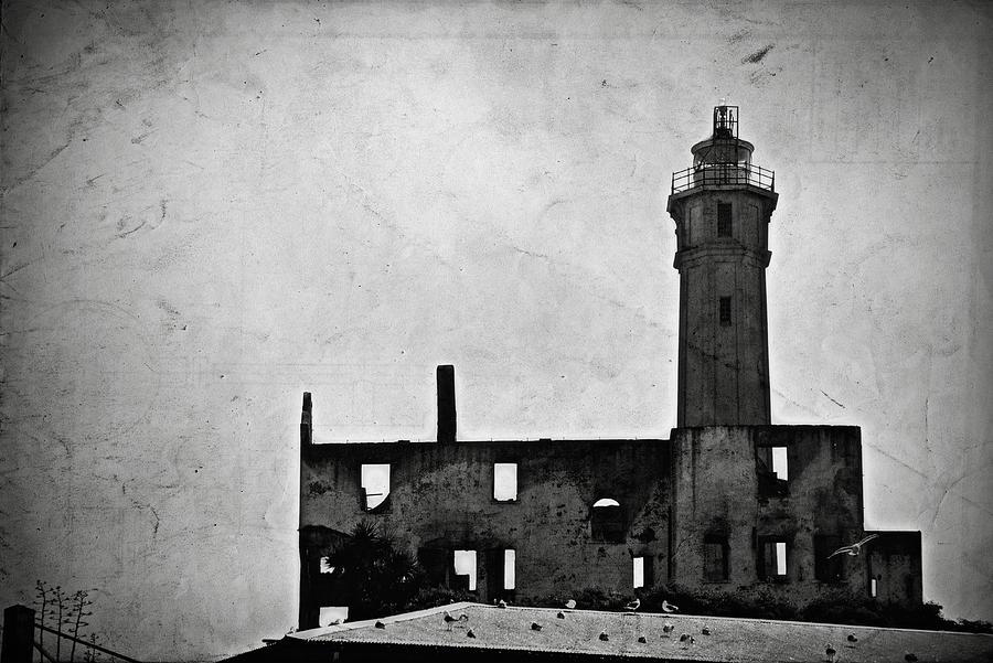 Alcatraz Island Photograph - Alcatraz Island Lighthouse by RicardMN Photography