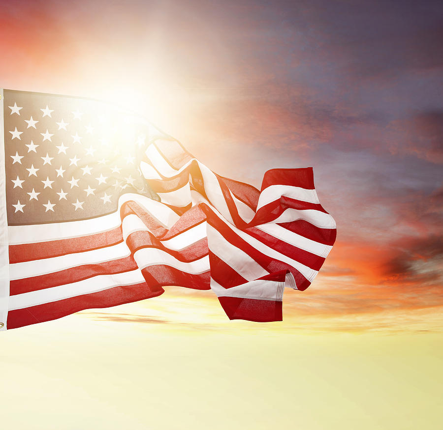 Sun Photograph - American Pride by Les Cunliffe