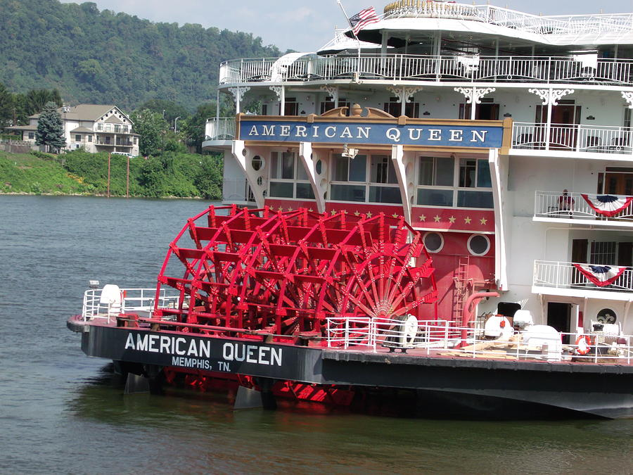 American Queen Photograph - American Queen Paddlewheel by Willy  Nelson