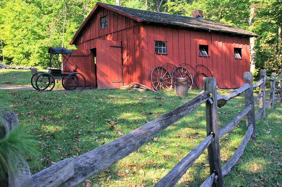 Amish Barn Along A Fenceline Photograph By Gordon Elwell