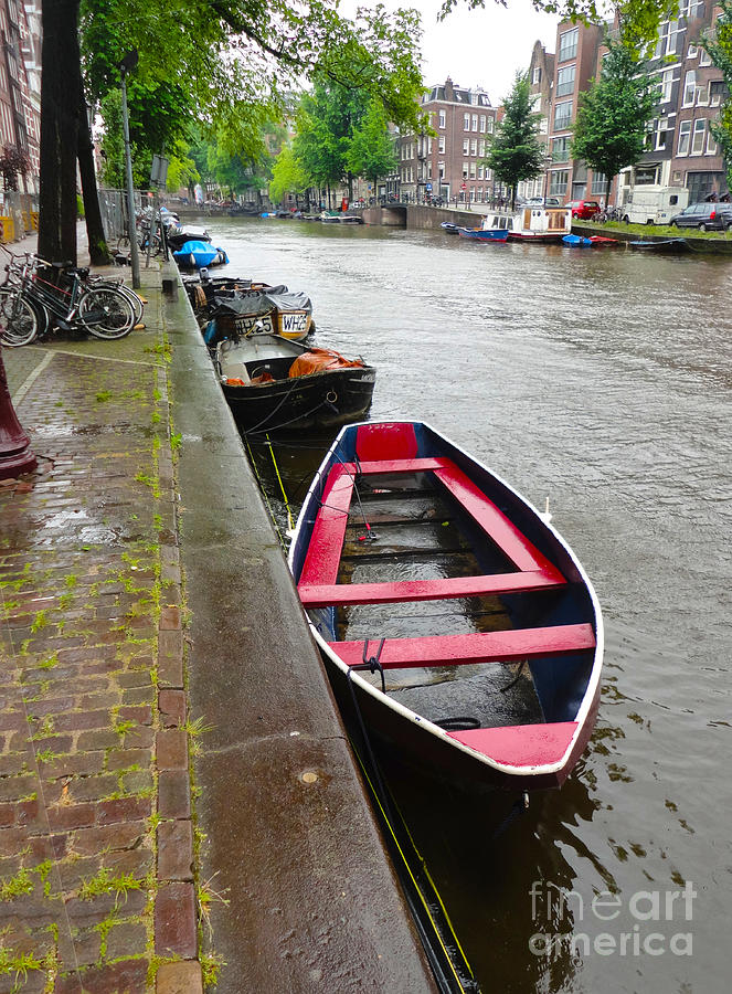 Amsterdam Photograph - Amsterdam Boat - 02 by Gregory Dyer