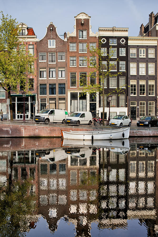 Amsterdam Photograph - Amsterdam Houses By The Singel Canal by Artur Bogacki