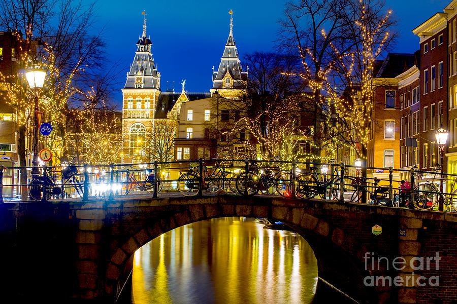 Amsterdam Photograph - Amsterdam-rijkmuseum by Lilianna Sokolowska