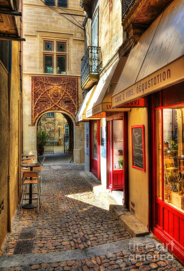 An Alley In Avignon by Mel Steinhauer