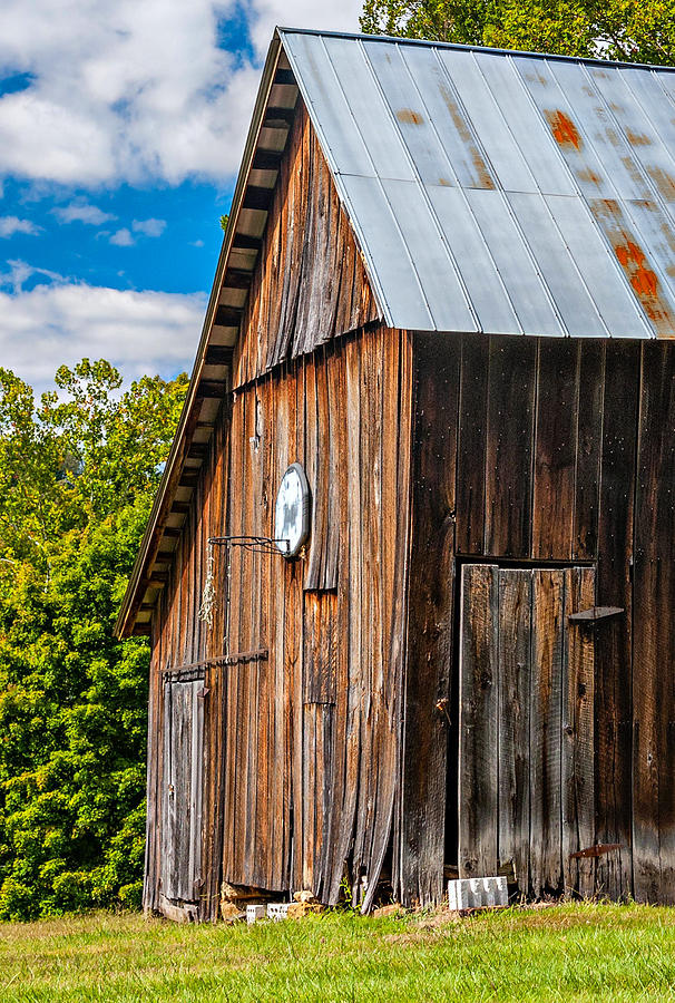 Barn Photograph - An American Barn by Steve Harrington