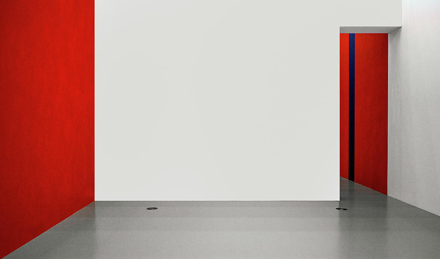 Abstract Photograph - An Empty Room by Inge Schuster