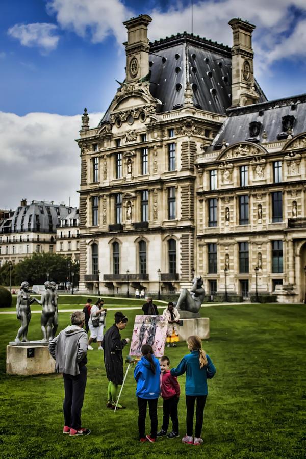 Painter Photograph - An Oil Painter In A Park In Paris by Sven Brogren
