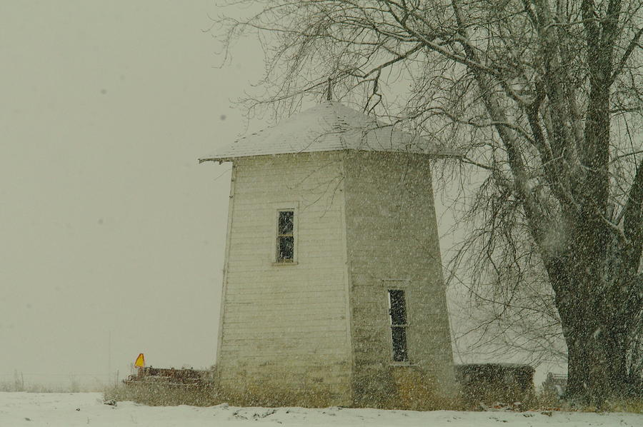 Old Barns Photograph - An Old Bin In The Snow by Jeff Swan