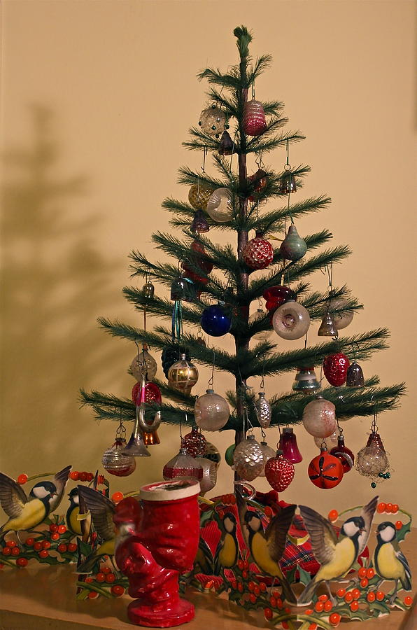christmas photograph an old fashioned christmas tree by michele myers