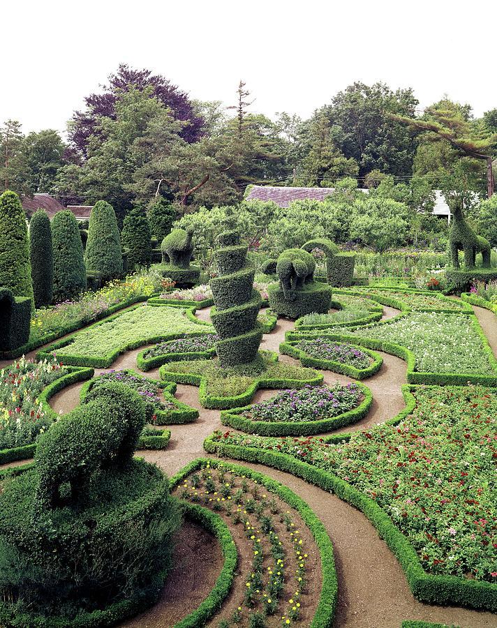 An Ornamental Garden Photograph by Tom Leonard