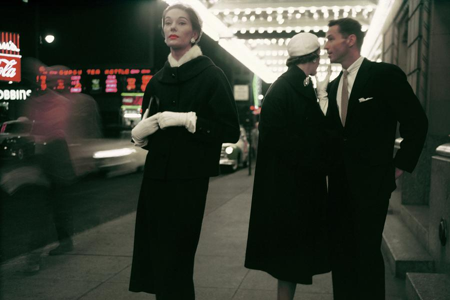 An Outtake Of Models Outside Of A Theatre Photograph by Sy Kattelson