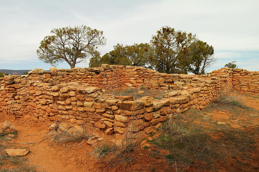 Architecture Photograph - Anasazi Ruins Southern Utah by Jeff Swan