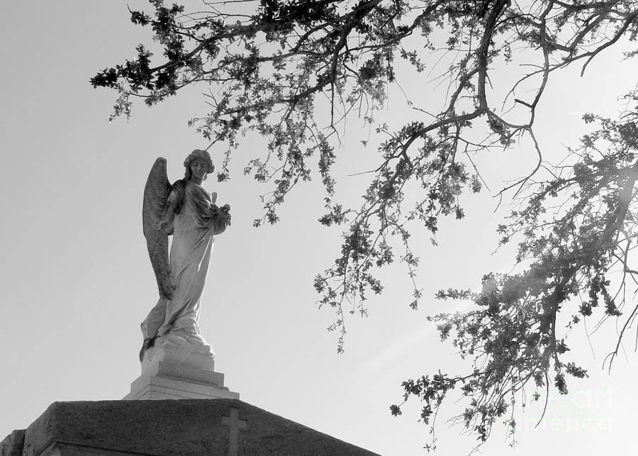 Angel Statue Photograph - Angel Of Faith by Elizabeth Fontaine-Barr