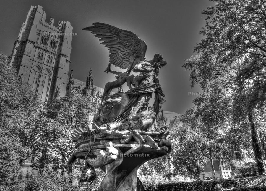 Angel Of Harlem Photograph by Alberto Lama