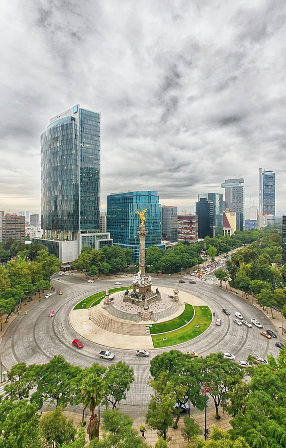 Angel Of Independence, Mexico City Photograph by Sergio Mendoza Hochmann