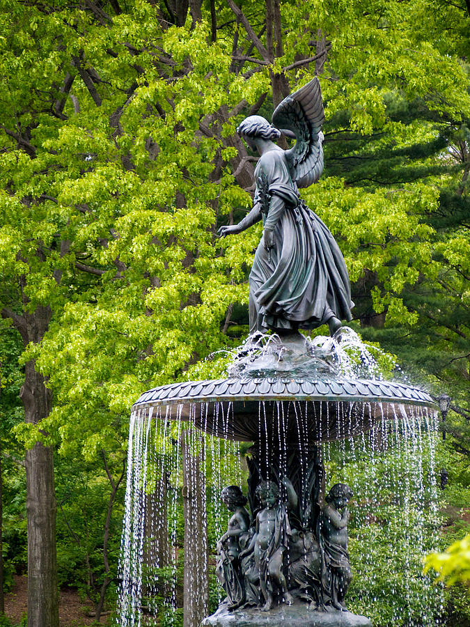 Bethesda Fountain Photograph - Angel Of The Waters by Cornelis Verwaal