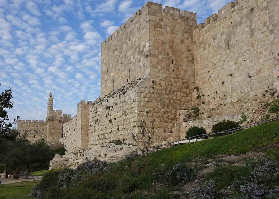 Angels rejoicing over Jerusalem by Rita Adams