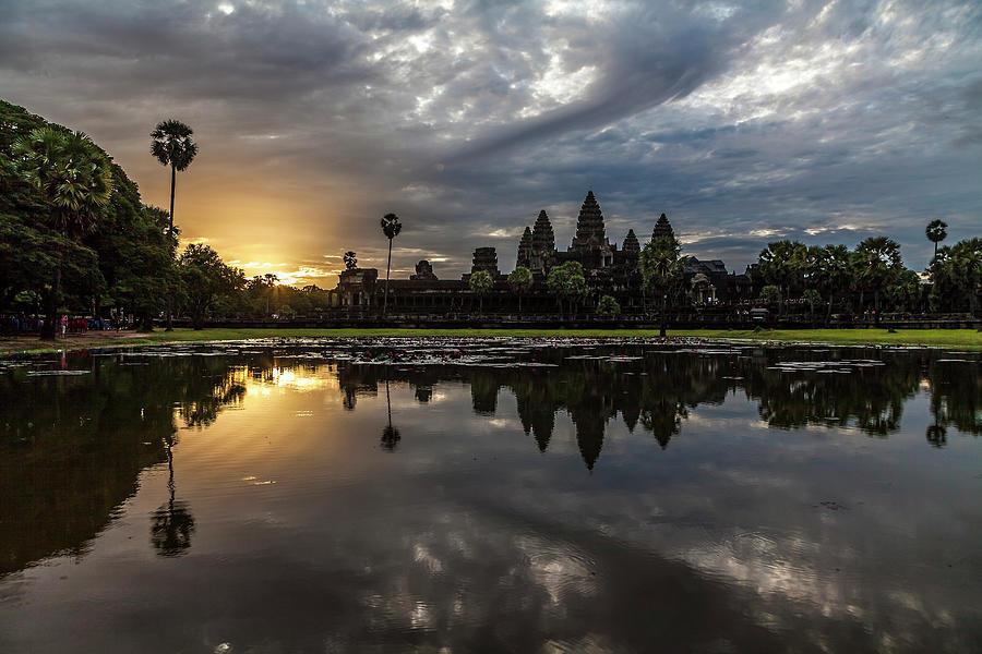 Angkor Wat Sunrise Photograph by Www.sergiodiaz.net