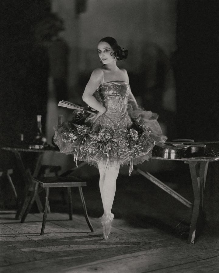 Anna Pavlova In Her Ballet Costume Photograph by James Abbe