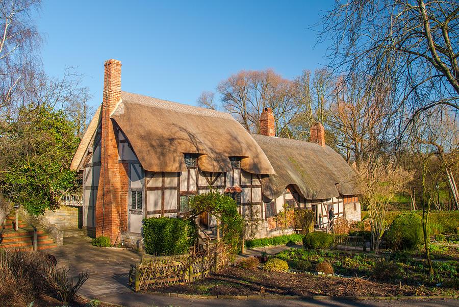 Anne Hathaway Photograph - Anne Hathaways Cottage Stratford upon Avon by David Ross