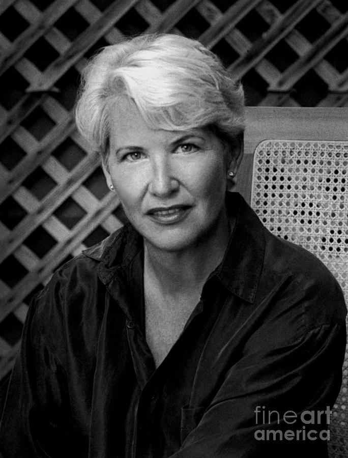 essays childhood annie dillard Literary analysis, literary criticism - messages revealed in annie dillard's, an american childhood.