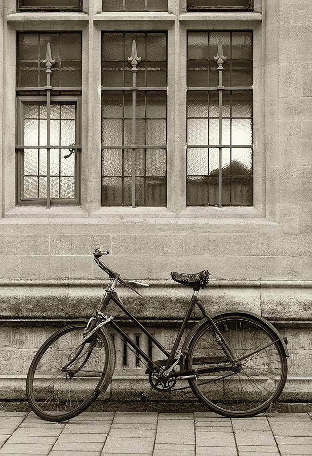 Antique English Bicycle Photograph by Richlegg