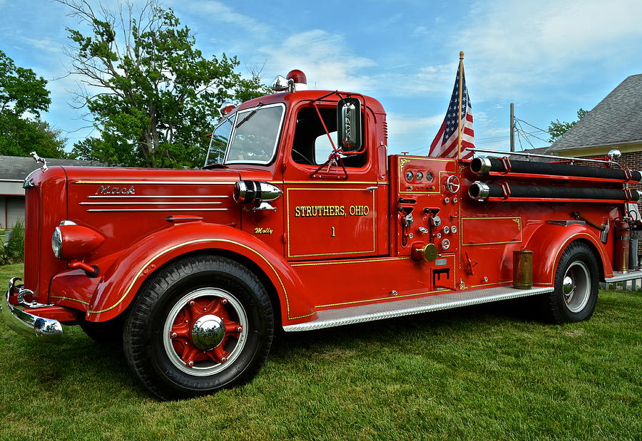 Antique Fire Truck Photograph By Frozen In Time Fine Art