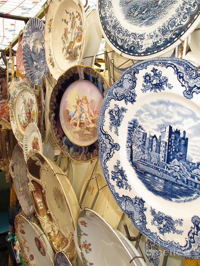 Plates For Sale >> Antique Plates For Sale At Flea Market