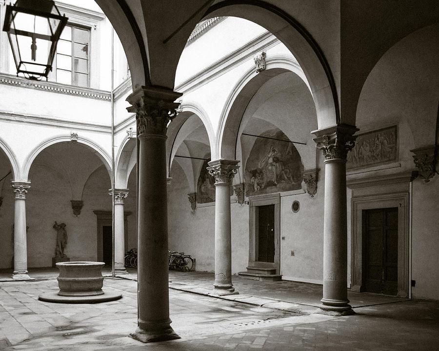 Italy Photograph - Apartment Corridor In Florence by Susan Schmitz