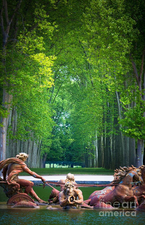 Apollo Photograph - Apollo Fountain by Inge Johnsson