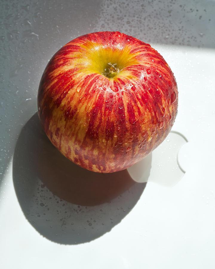 Apple Photograph - Apples by Daniel Furon