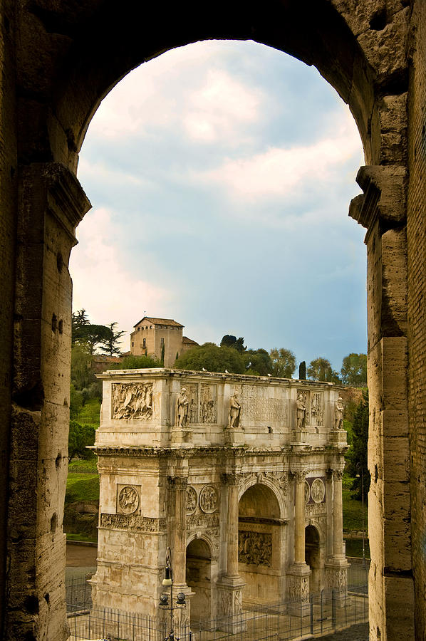 Arch Of Constantine Photograph - Arch Of Constantine Through The Colosseum by Pam  Elliott