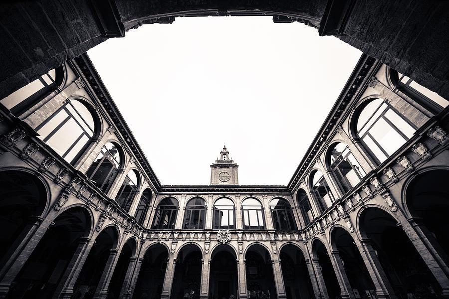 Emilia-romagna Photograph - Architecture in Bologna by Pedro Nunez