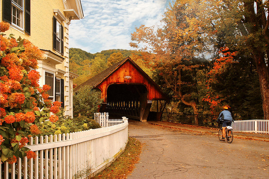 Savad Photograph - Architecture - Woodstock Vt - Entering Woodstock by Mike Savad