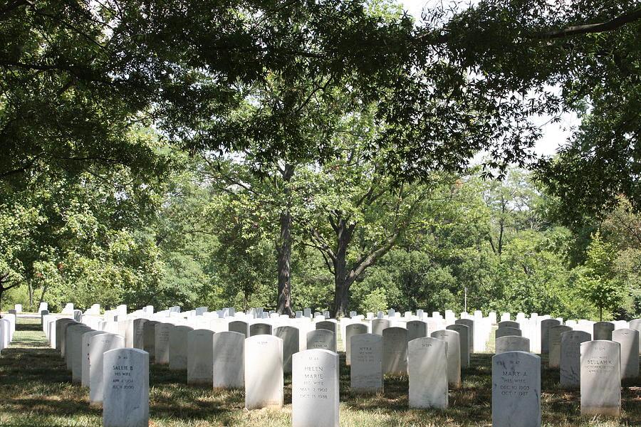 Arlington Photograph - Arlington National Cemetery - 121245 by DC Photographer