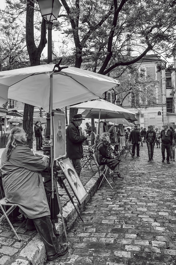 Paris Black And White Photograph - Artists In Montmartre by Georgia Fowler