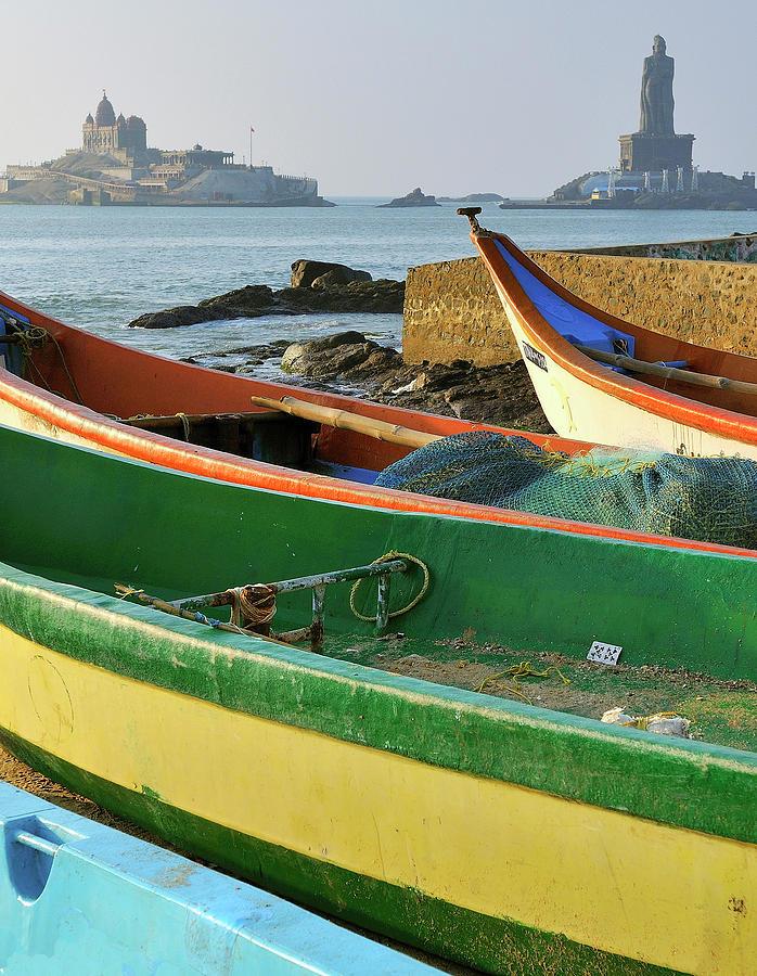 Arabian Sea Photograph - Asia, India, Tamil Nadu, Kanniyakumari by Steve Roxbury
