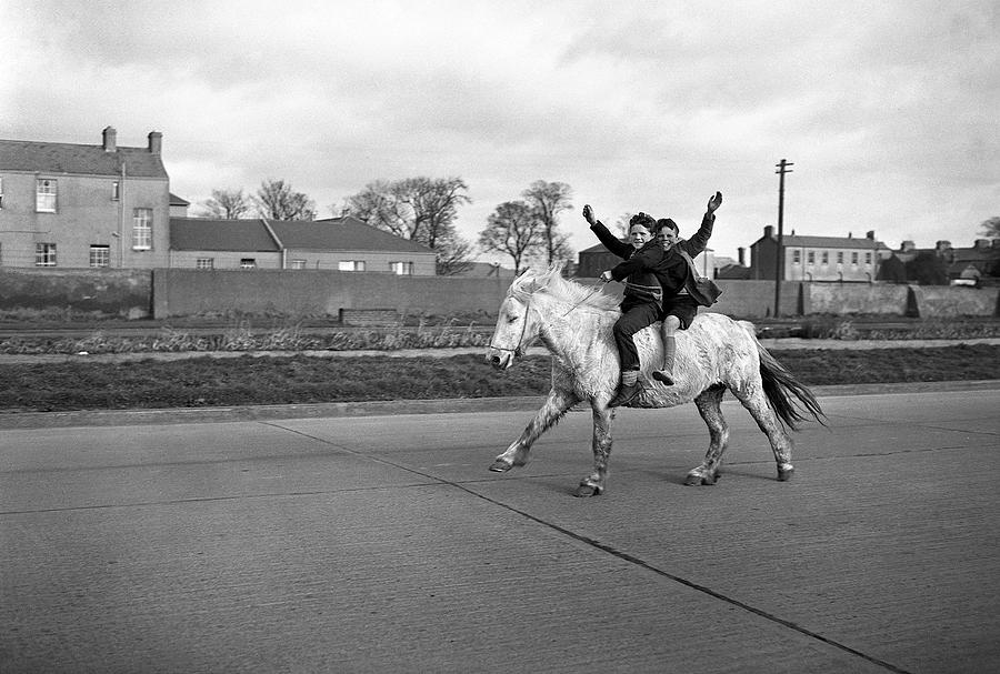 Young Boys Photograph - Aspiring Cowboys In Dublin 1961 by Irish Photo Archive
