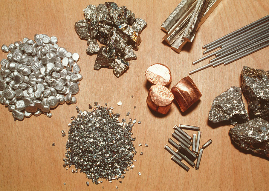 Transition Metal Photograph - Assorted Transition Metals by Klaus Guldbrandsen/science Photo Library