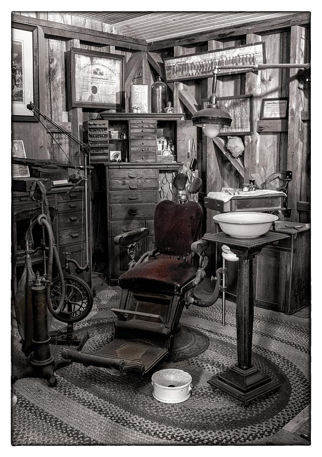 Lambertville Photograph - At The Dentist by Marzena Grabczynska Lorenc