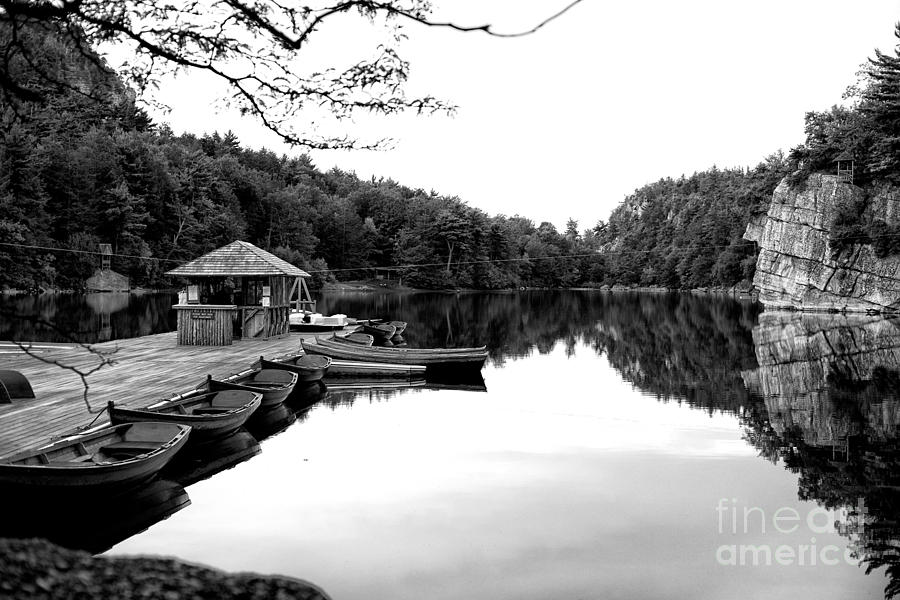 At the lake by Miguel Celis