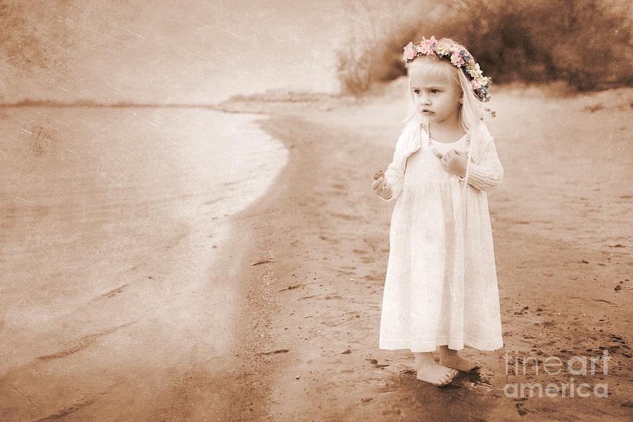 Childhood Photograph - At The Waters Edge by Cindy Singleton
