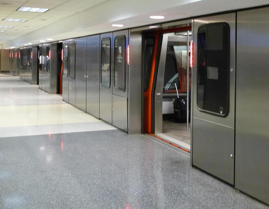 Atlanta Airport Shuttle Train