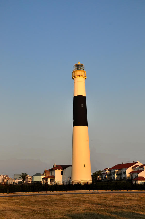 Atlantic Photograph - Atlantic City - Absecon Lighthouse by Bill Cannon