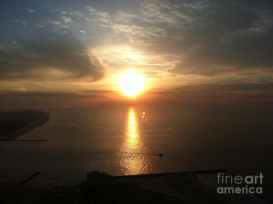 Atlantic City Sunset Photograph - Atlantic City Sunset by John Telfer