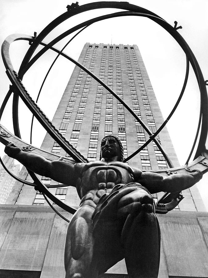 1930's Photograph - Atlas In Rockefeller Center by Underwood Archives