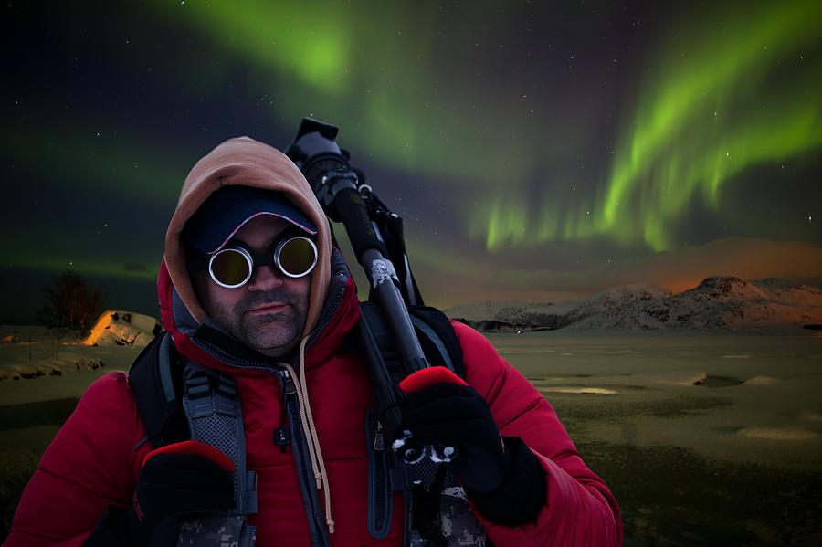 Aurora Borealis Photograph - Aurora Hunter by Deryk Baumgaertner